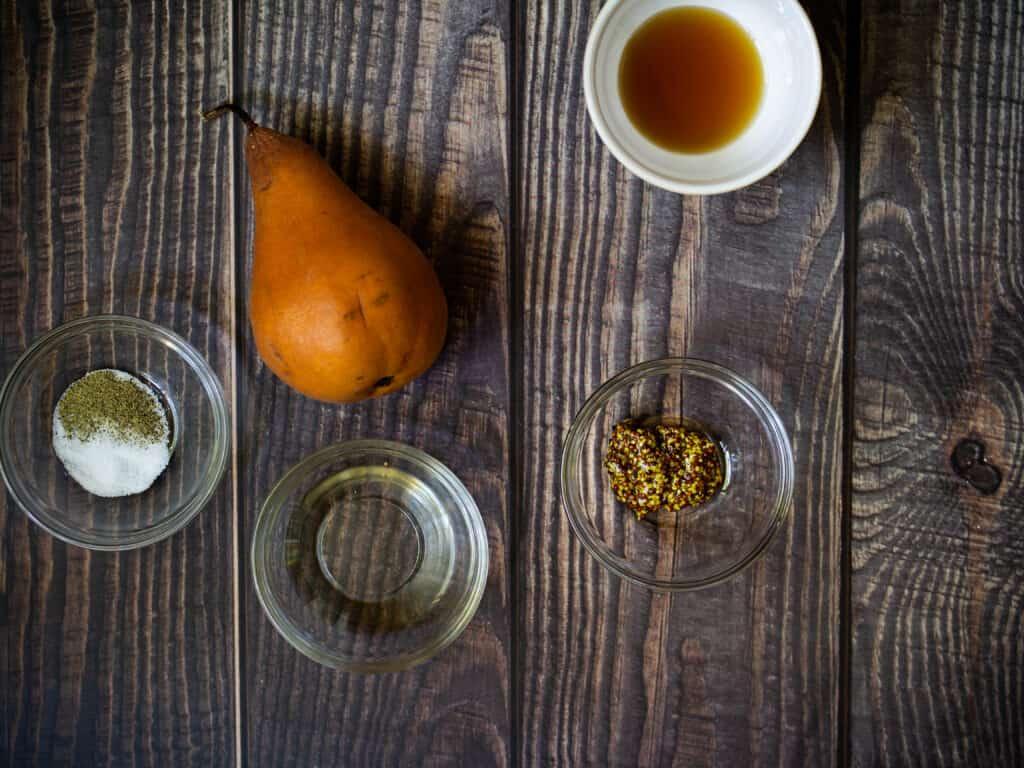 pear an pecan salad ingredients